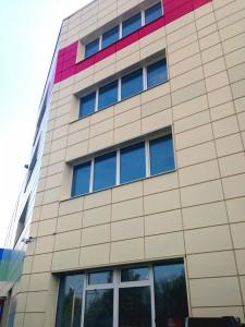 Вентилируемый фасад с облицовкой металлокассетами